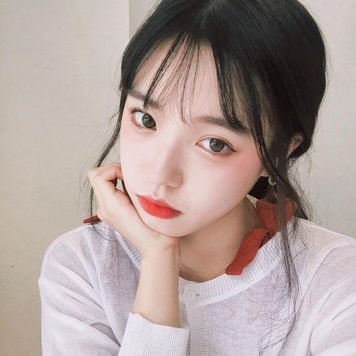 韓国のトレンドメイク♡【オンニメイク】でクールに決めてみて♪のサムネイル画像