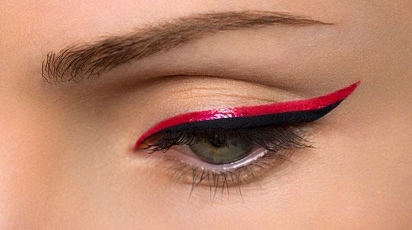 簡単に色っぽい顔になりたいなら【赤のアイライナー】がおすすめ♡のサムネイル画像