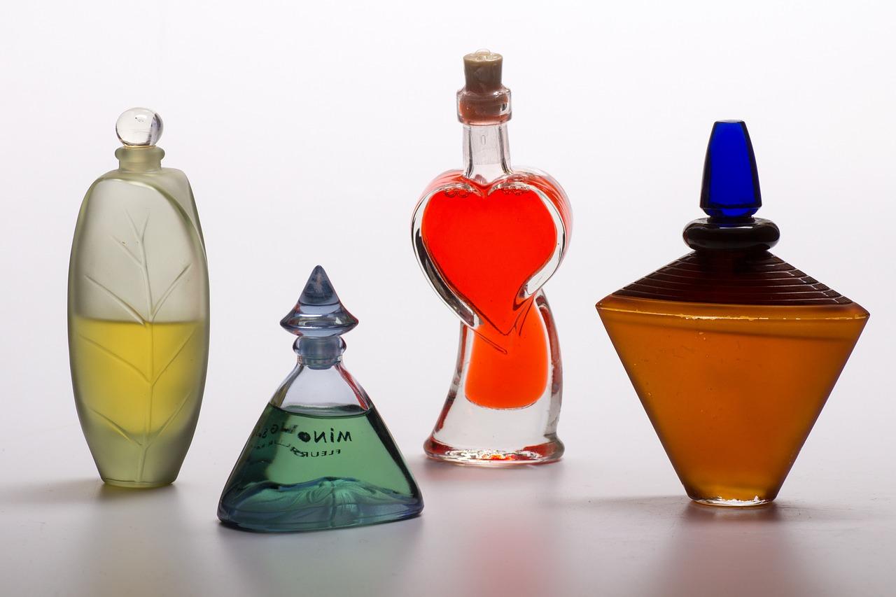 甘い香りの香水で女子力アップ♡甘い香りのおすすめ香水まとめのサムネイル画像