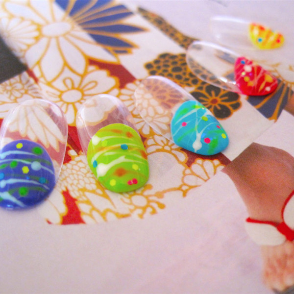 涼しげ?!個性的?!おすすめの【浴衣ネイル】デザインをご紹介。のサムネイル画像