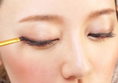 今から試せる!アイシャドウのブラウンメイクで可愛い瞳をGetしようのサムネイル画像