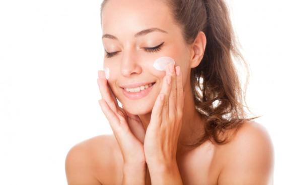 つるつる美肌に♪♪おすすめのクレンジングミルクを紹介します♪のサムネイル画像