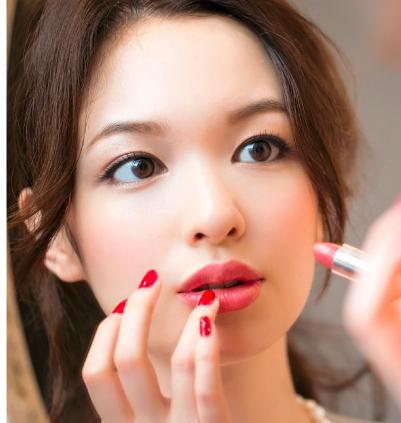 顔の印象も変わっちゃう??きれいな眉毛の作り方をご紹介。のサムネイル画像