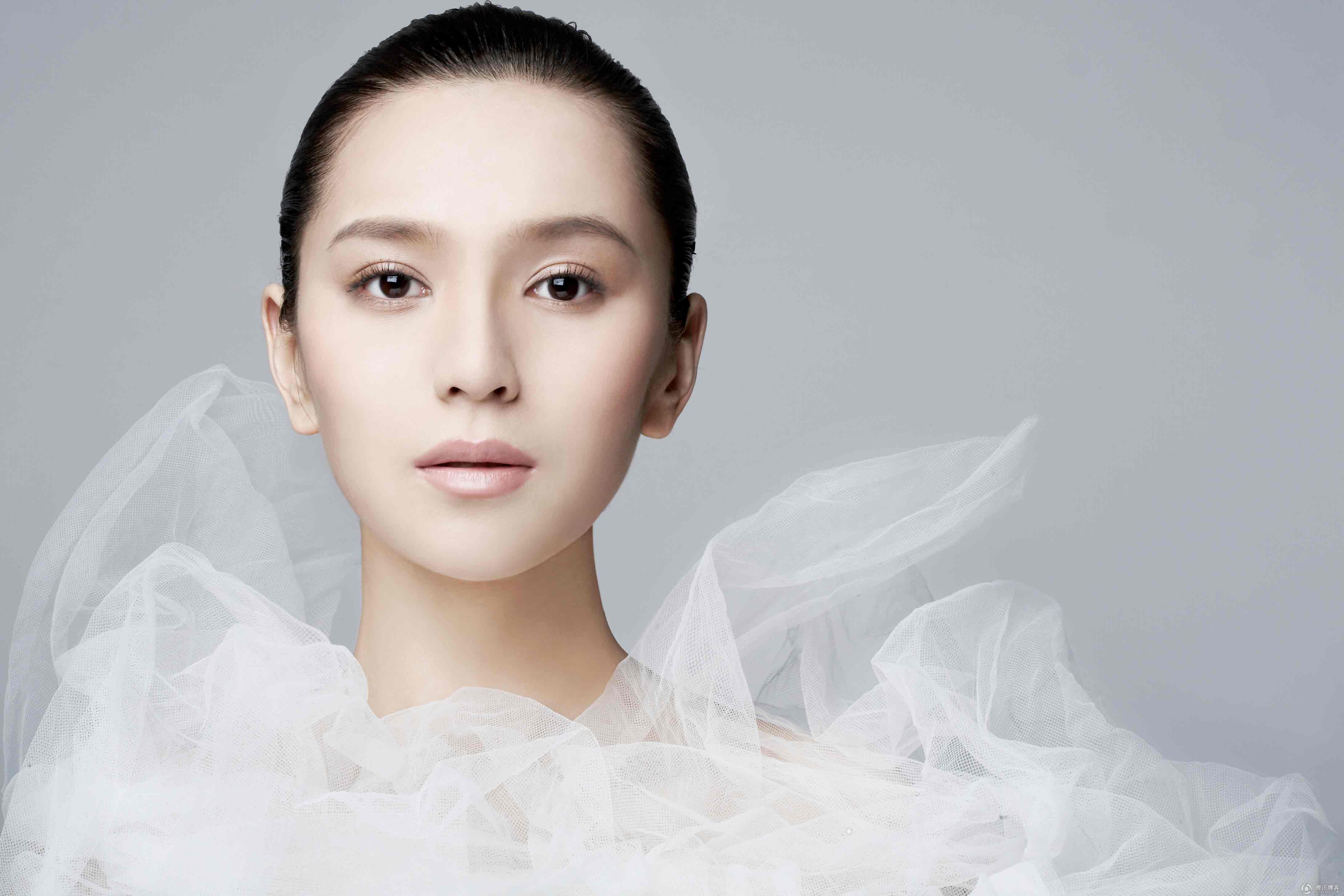 プチプラなのに効果抜群!肌に透明感がでる、ちふれの美白化粧水のサムネイル画像