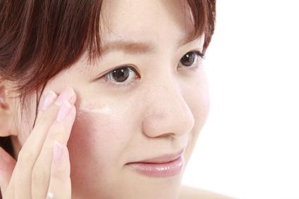 敏感肌の方に♪お肌に優しい化粧下地でピリピリお肌にサヨナラ♪のサムネイル画像