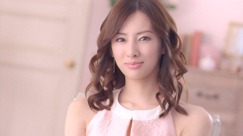 旬な女優さんたちに思わずうっとり☆美しすぎる化粧品CMまとめのサムネイル画像