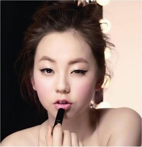 【一重さん必見!】アイメイク方法は韓国オルチャンメイクを学べ!のサムネイル画像