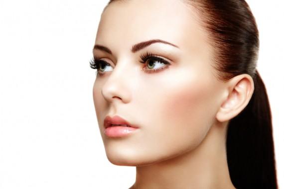 bbクリームとccクリームの違いとは?美肌になるための使い分け♪のサムネイル画像