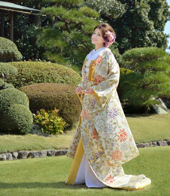 大事な時を和装で迎えたいあなたに。和装に合うメイク教えます。のサムネイル画像