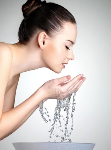 水洗顔の有効性とお勧め石鹸&洗顔後に使いたい化粧水をご紹介!のサムネイル画像