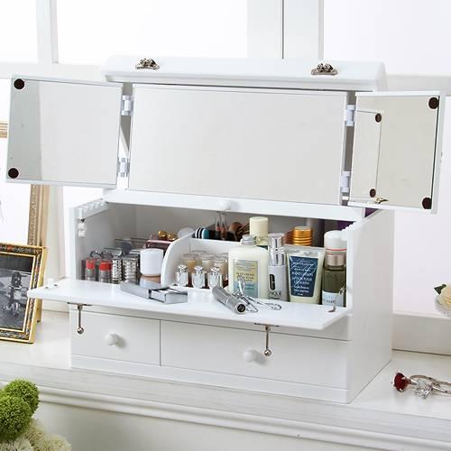 鏡の付いたメイクボックスで、キレイに収納!綺麗にメイク!のサムネイル画像