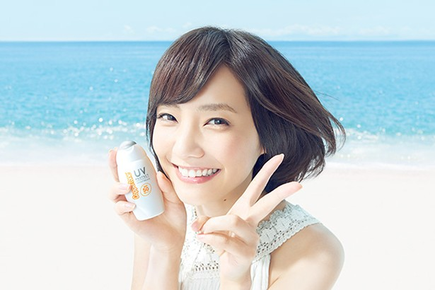 日焼け止めクリームCMでの笑顔が素敵♡倉科カナの愛されメイク術♪のサムネイル画像