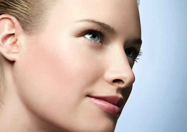 お肌の悩みを解決!!口コミで大人気のシミ取り化粧品特集♡のサムネイル画像