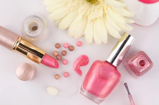 自分の肌色に合ったピンクを選んで失敗しないピンクメイクに!のサムネイル画像