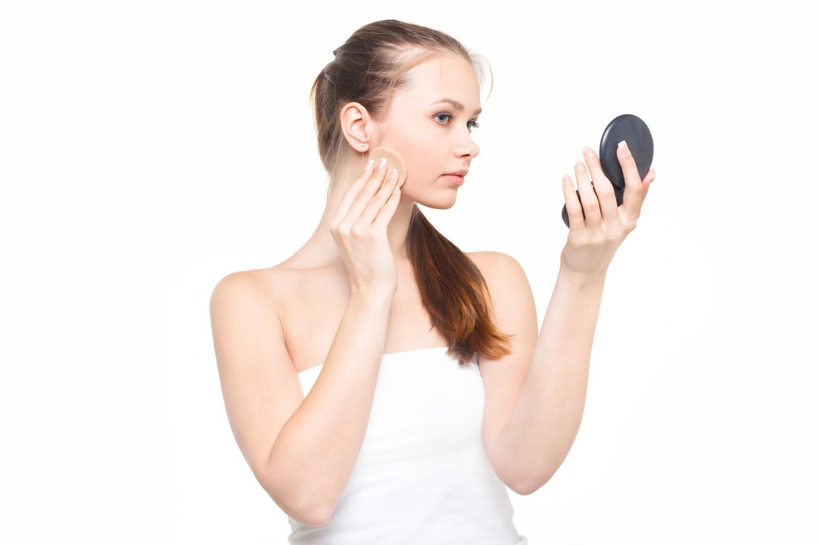 【メイク術】知っていますか? 化粧下地が必要な理由5つと使い方のサムネイル画像
