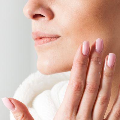 乾燥が気になる季節には 500ml入り化粧水でお肌に潤いを補給のサムネイル画像