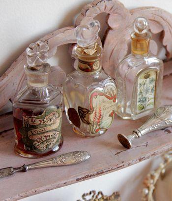 香水とオードトワレって同じ?その秘密と人気商品をご紹介!のサムネイル画像