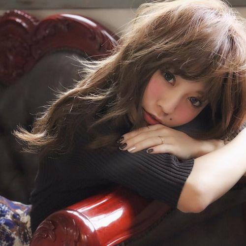 2017年秋コレクション♡8月発売!新作・新色コスメ《デパコス編》のサムネイル画像