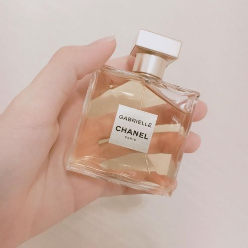 秋は少し大人っぽく《秋の新作香水》をゲットして自分にごほうび♡のサムネイル画像