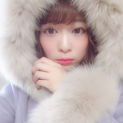 女の子の本能をON♡【赤マットリップ】で作るイイオンナ♪のサムネイル画像
