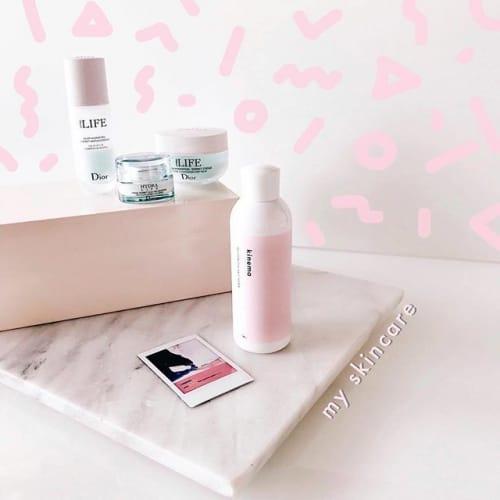 香りにもこだわりたいの♡手放せなくなる【いい香りの化粧水】3選!のサムネイル画像