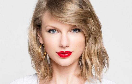 女性の憧れ♡ナチュラルで美しい!テイラー・スウィフトのメイク方法のサムネイル画像