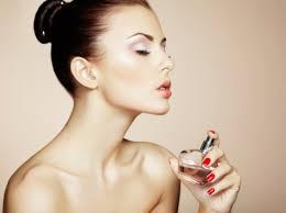 香りのオシャレ☆香水【つける場所】で香水をもっと楽しもう!!のサムネイル画像