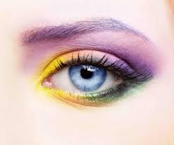 おすすめのアイシャドーを紹介!!人気ブランドからPICK UP!!のサムネイル画像