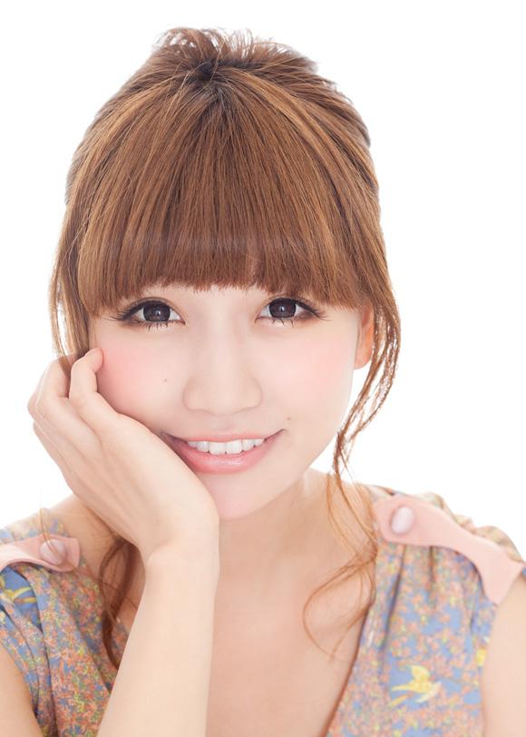 人気ブロガ―桃のプロデュースカラコンがナチュラルかわいすぎる♡のサムネイル画像