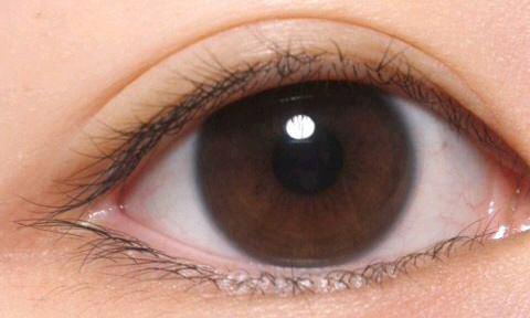 つり目・たれ目あなたに目はどのタイプ?タイプ別メイク術をご紹介。のサムネイル画像
