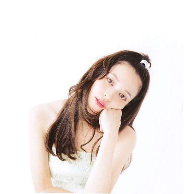 女性の憧れの顔『森絵梨佳』みたいなおフェロなメイクを真似したいのサムネイル画像