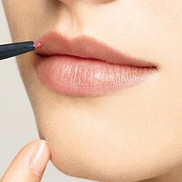 魅力的な唇を目指せ!「リップライナー」のおすすめ商品を紹介!のサムネイル画像