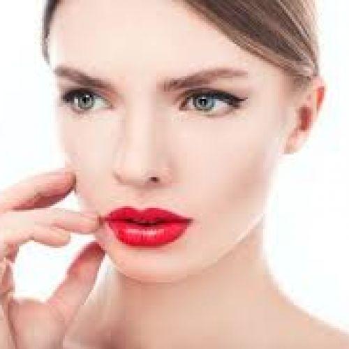 【求心顔・遠心顔】それぞれ旬顔になれる眉の描き方をご紹介のサムネイル画像