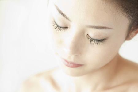 人気急上昇中!!高い効果でおすすめの化粧水を大公開します♪のサムネイル画像