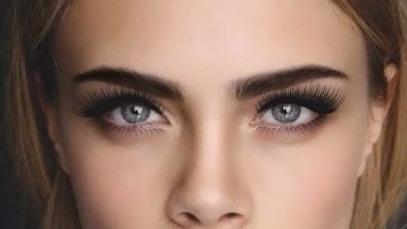 顔の印象は眉毛で決まる!憧れの外人風眉毛を手に入れよう!のサムネイル画像