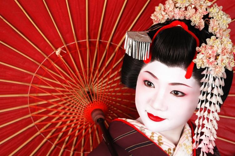 京都に行ったら絶対に手に入れたい!!肌に優しくかわいい京都コスメのサムネイル画像