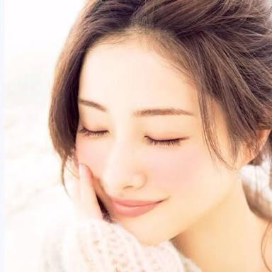 自分の眉毛を知ることが大事!顔に合う眉毛の切り方と整え方!のサムネイル画像