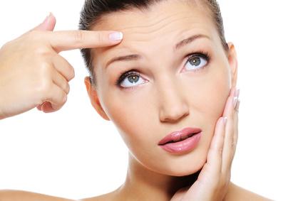 きれいなつるつる肌に♡大人ニキビ対策におすすめの化粧水♪のサムネイル画像