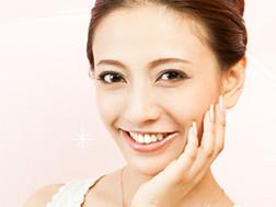 口コミで大人気!!優秀なリキッドファンデーションで美肌に♡のサムネイル画像