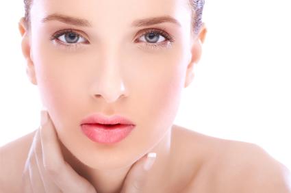 本気で美白したい方に♪口コミで大人気の美白化粧品大公開!!のサムネイル画像