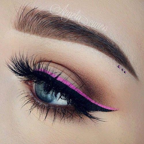 ブランドコスメでつくる!高見えなピンクのアイライナーメイク♡のサムネイル画像