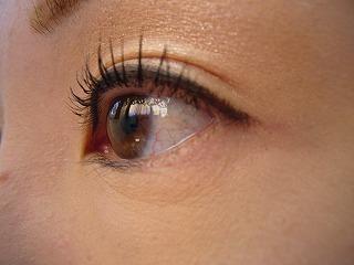 エテュセの人気マスカラはコレ!美しい目元を手に入れましょうのサムネイル画像