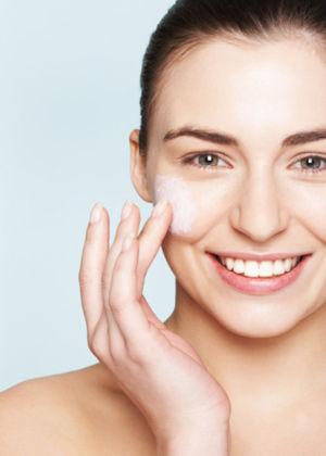 お肌にうるおいを♡潤いたっぷり肌に整えてくれるおすすめ乳液は?のサムネイル画像