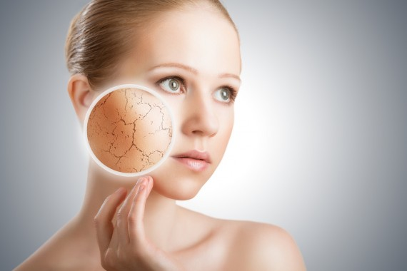 カサカサの乾燥肌にピッタリ!おすすめの化粧水ランキング!のサムネイル画像