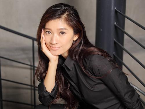 篠原涼子さんに学ぶ♡ノーメイクでもキラキラ女子であり続ける秘訣♡のサムネイル画像