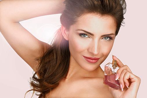 数時間だけほんのり香る香水・オードトワレ香水を紹介します♪のサムネイル画像