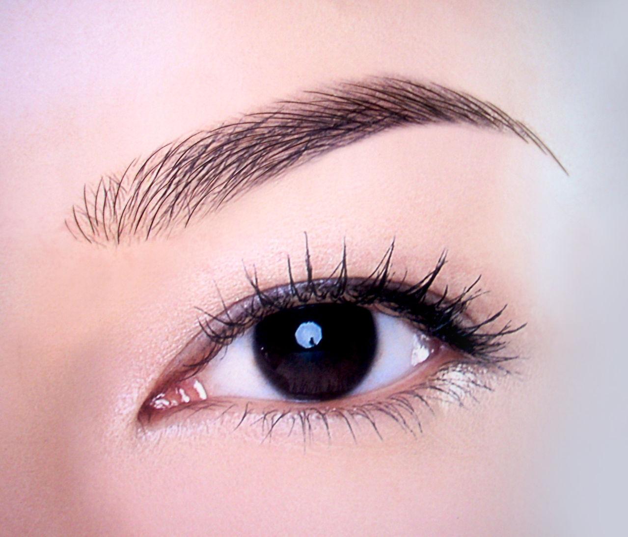 これで完璧!美人になれる眉頭の書き方&整え方について覚えましょうのサムネイル画像