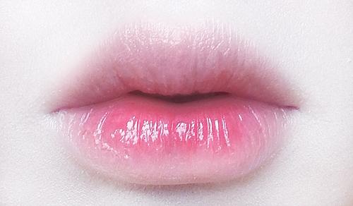 こんな可愛いリップクリームが欲しかった!ツヤツヤぷるぷるの唇に♡のサムネイル画像