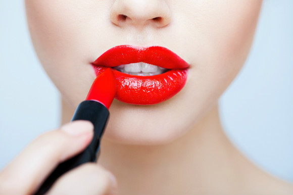 20代に人気の口紅ランキング発表!前半・後半で人気口紅は違う?のサムネイル画像